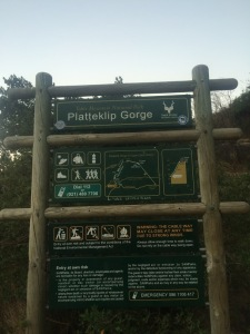 platteklip gorge trail sign